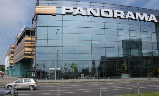shopping center P